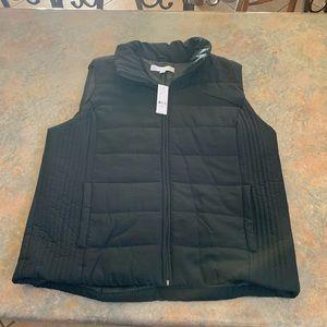 Women's New York & Co. black puffy vest